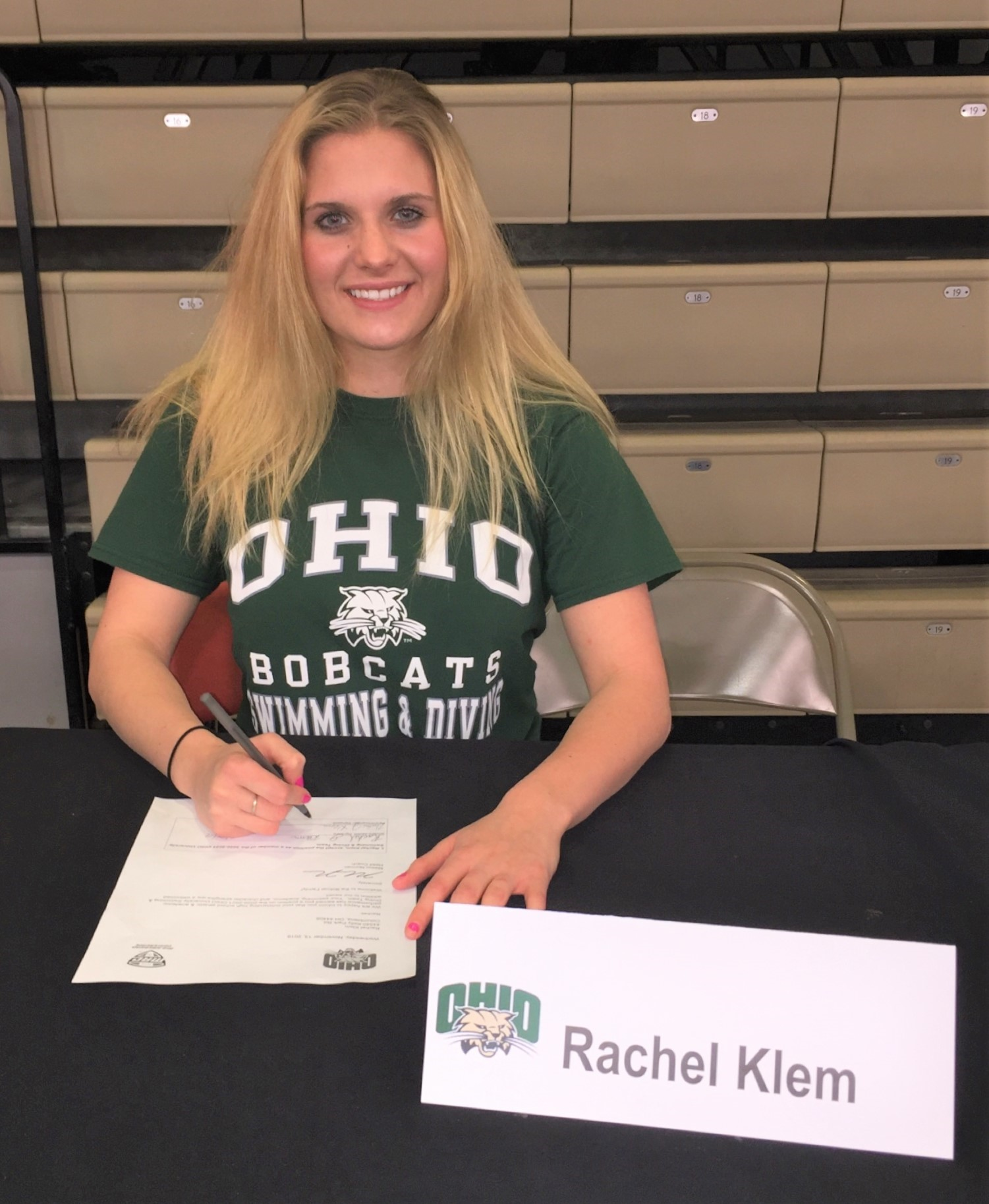 Rachel signs letter of intent!